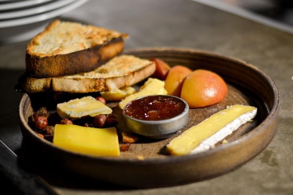 Sucre Restaurant & Grill - Plateau de fromages argentins au lait cru © Mélissa Leroux